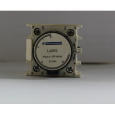 Дополнительный контактный блок LADR2 с выдержкой времени